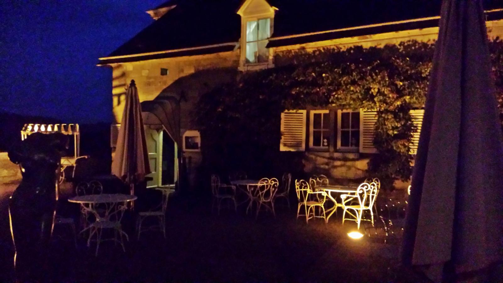 20140930_200500 Chateau Neercanne